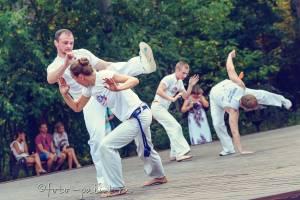 12 CapoeiraM